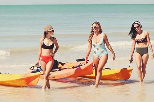 beach-rental-paddle-boards-kayaks-golf-carts-beach-bums