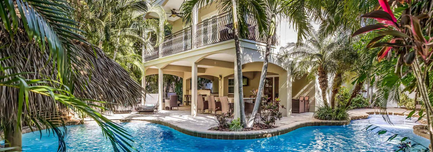 great-pool-home-vacation-rentals-anna-maria-island