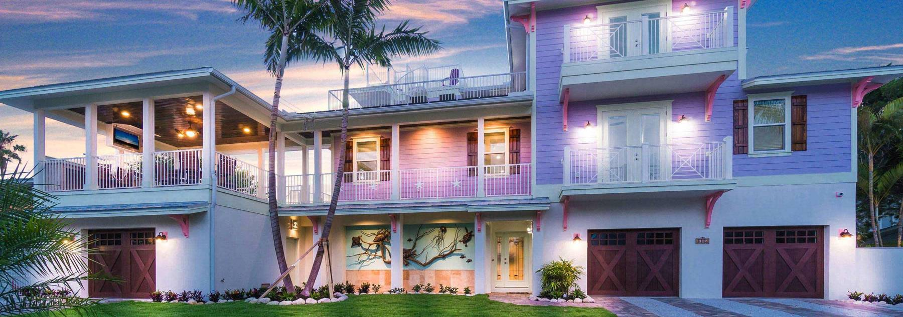 Holmes Beach Vacation Rental with short walk to the beach